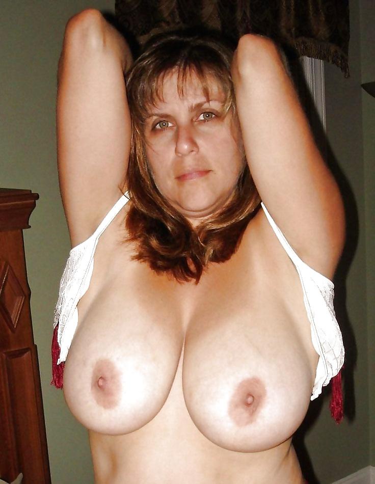 Bildern aus Schönheiten mit riesige Titten gratis