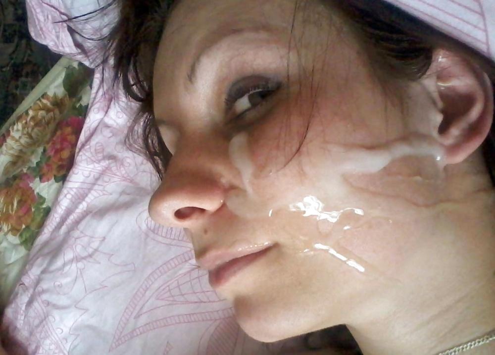 Entspannende Blasenfotos kostenlos von mehrere Hündin