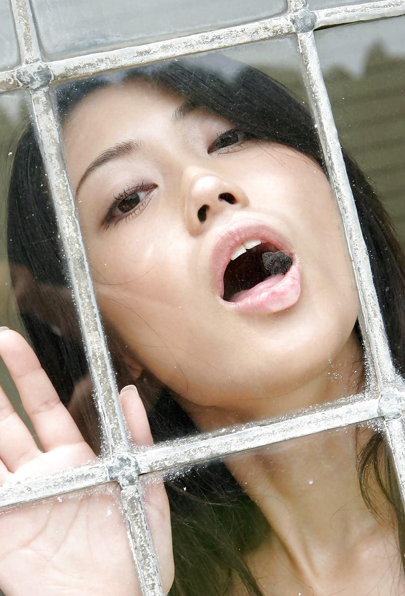 Jugendliche berühmte asiatische Mädchen in gratis Bildern