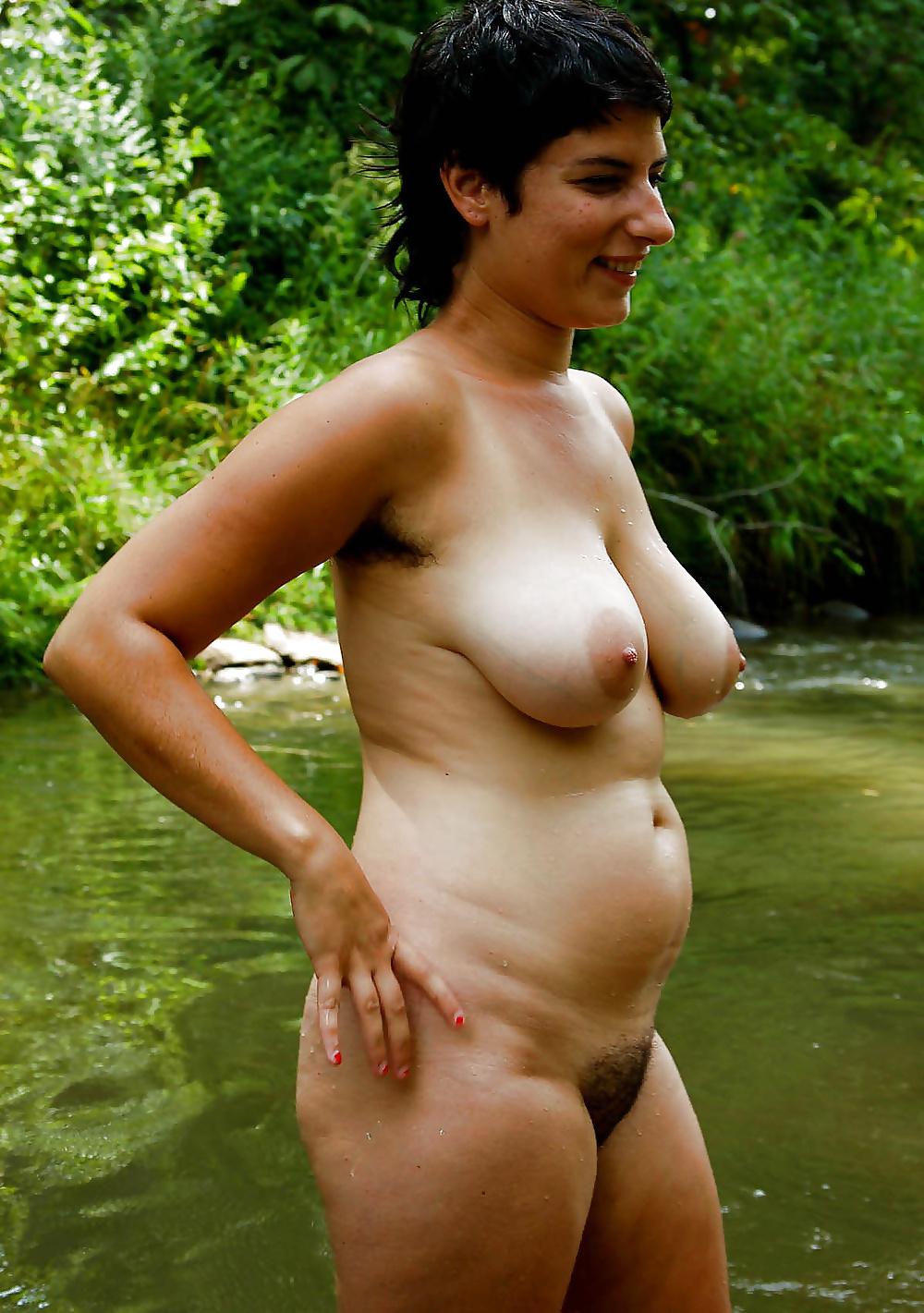 Mollige natürliche Babys in Nackbildern gratis