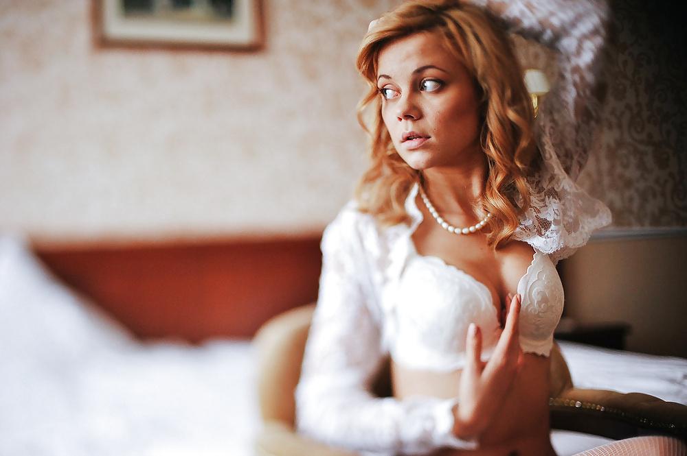 Schönheiten aus Ausland in verschiedene Situation in Nacktbildern