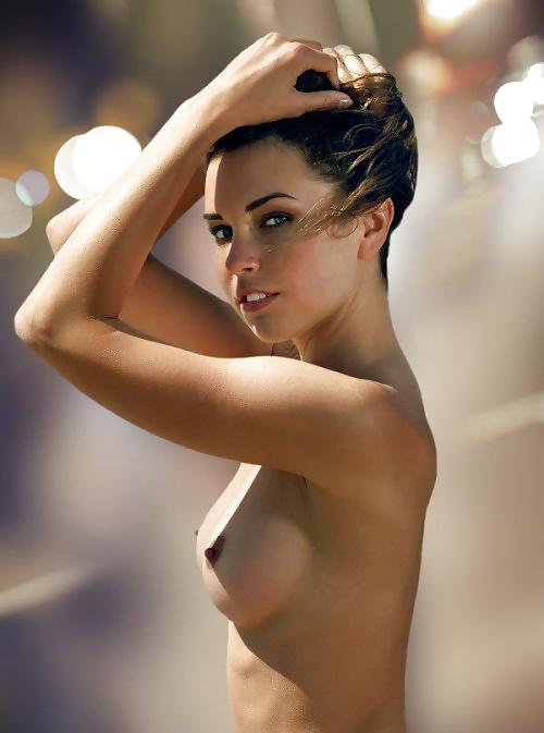 Süsse Brüste Nackt